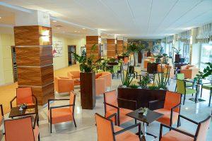 Hotel Behounek Café