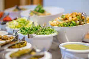 Rehabilitationszentrum UPA Medical SPA Salat Buffet