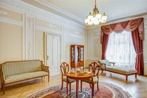 Hotel Radium Palace Standard Suite