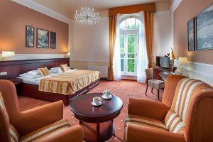 Hotel Radium Palace Superior Room
