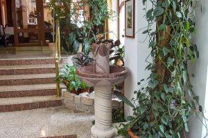 SPA Hotel San Remo Lobby mit Brunnen
