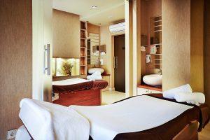 Sand Hotel Massage Raum