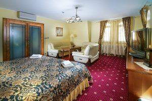 Ruze Apartment
