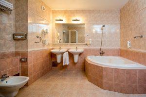 OREA SPA Hotel Palace Zvon Familienzimmer Bad